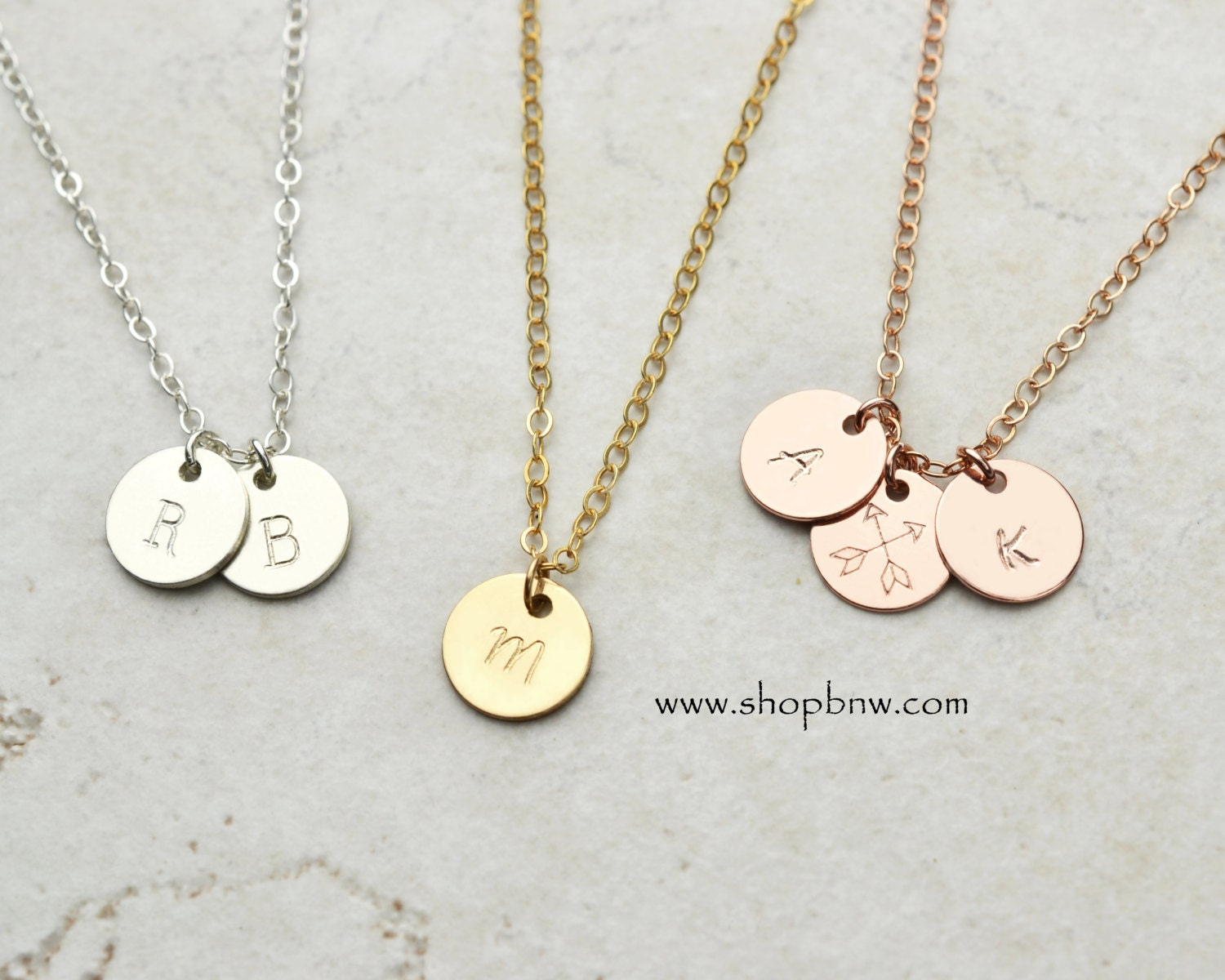 small disk initial necklace personalized necklace disk. Black Bedroom Furniture Sets. Home Design Ideas