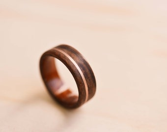 Rose Gold Inlay in Santos Rosewood Bentwood Ring