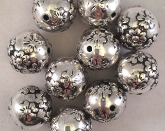 Large Melon Beads, 20mm, Antique Silver, MP76-20-ASL, 10 Beads, Korean Metalized Plastic