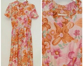SALE: vintage flower print dress/shortsleeved flower print dress/pink orange flower dres/size S
