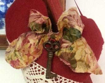 Victorian Heart Lavender Sachet with Vintage Skeleton Key, Victorian Heart Sachet, Heart Sachet, Lavender Sachet, Hanging Heart Sachet