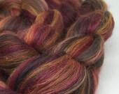 merino alpaca bamboo roving, top, spinning fibre 100g - Tyrion - maroon, gold, black
