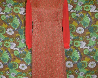 Red Paisley 60s Dress Peter Pan Collar Gold and Green Lurex