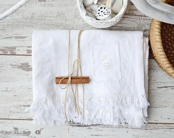 "Linen bath towel - Bath towel with fringe - 37"" x 59"" - Soft linen towel - Pure linen white bath towel - Sauna linen towel - Beach towel"