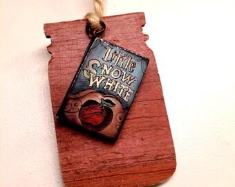 Little Snow White Bookmark