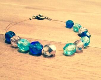 Free pearl bracelet