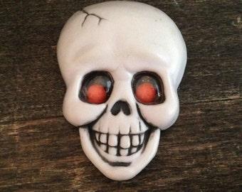 Halloween brooch, skull brooch, scary brooch, vintage brooch, 1982 Hallmark brooch, scary face brooch, dia de los muertos, Halloween costume