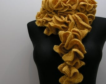 luxurios  handmade crocheted scarf