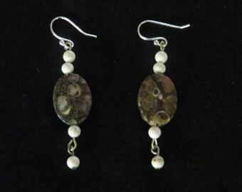 Turitella stone earrings
