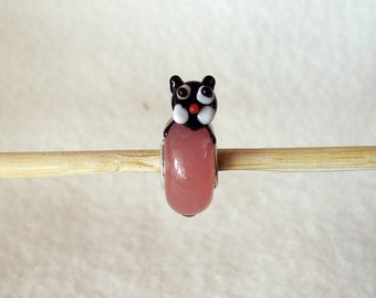 Adorable Black and White Kitty on a Pink Lampwork Glass Bead for European Charm Bracelets 925 Sterling Silver F010