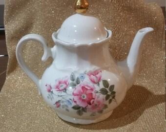 Vintage ChinVintage China Bareuther Waldsassen Tea Pot, Bavaria Germany Signed