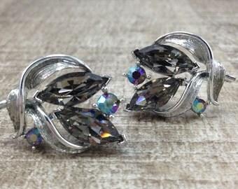 Lisner Signed AB Rhinestone Flower Silver Tone Vintage Estate Earrings