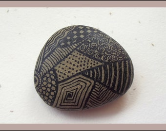Stone ZENTANGLE in black, PAPERWEIGHT,