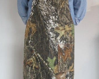 Apron, Cobbler, BBQ apron Mossy Oak Camo, hunters orange