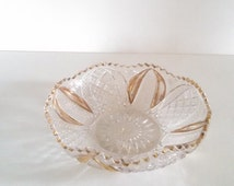 "Vintage 8"" Round Glass Serving Bowl Scalloped Sawtooth Rim Holiday Dish"
