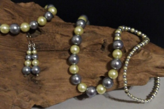 Golden Yellow & Grey Glass Pearl Set