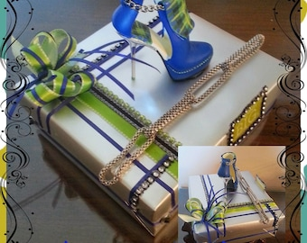 Cool Blue Heels & Chain Box