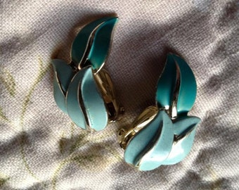 Turquoise Vintage Clip on Ear Rings
