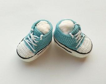 Crochet baby Converse sneakers, Crochet baby shoes, Crochet shoes, Crochet sneakers, Crochet booties, Baby boy sneakers, Toddler converse