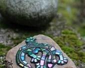 Lizard iridescent mosaic garden decoration, made to order