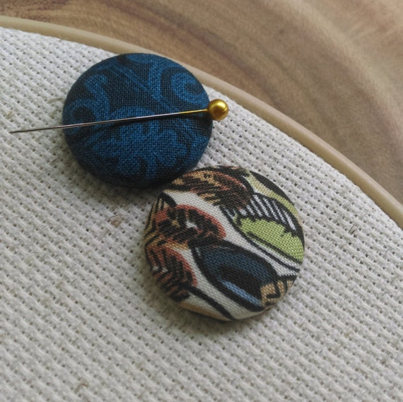 Needle Minder Blue / Feather  2 Piece Reversible