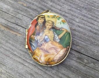 Vintage Oval Locket