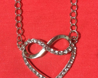 Jewelry Necklace -  silver crystal heart pendant necklace FREE SHIPPING
