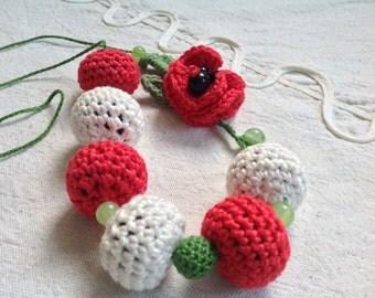 Crochet necklace. 100% Cotton yarn