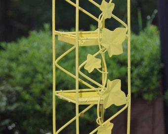 Ivy bird feeder