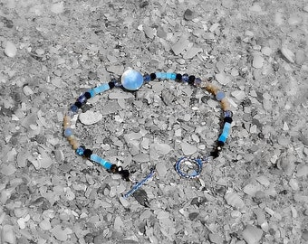 925 Sterling Silver toggle clasp bracelet made with shell and glass crystal beads