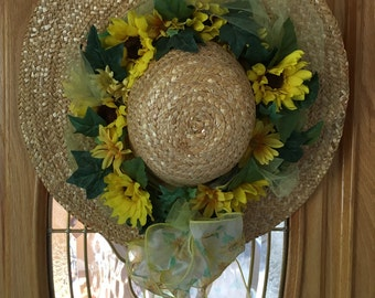 Straw hat with Daises