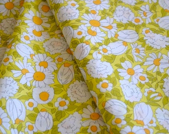Vintage Fabric Cotton Print Daisies Remnant by the Yard