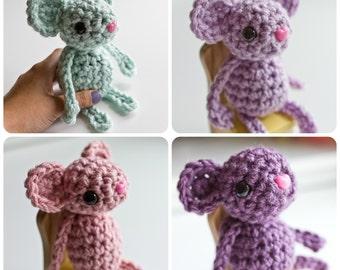 Crochet Mouse Pocket Friend