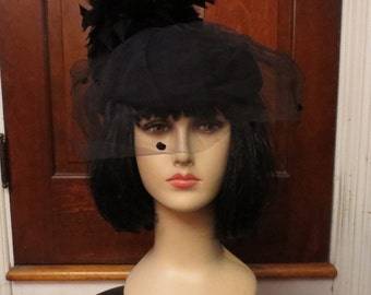 Vintage 1940's Black Wool Doeskin Hat Feathers and Veil