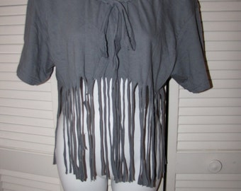 boho chic hippie dippie gray backless shredded t shirt crop top with fringe