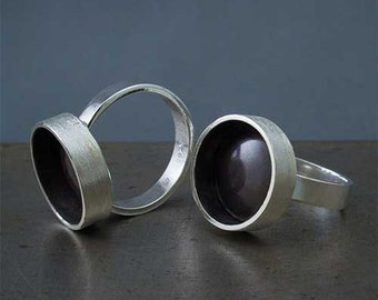 Meditation Ring, Silver Minimalist Ring, Black Circle Ring