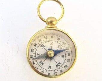 10 Pc LOT! Vintage Working compass -Bulk wholesale gold brass glass top. watch fob NOS 1970s Japan charm pendant jewelry supply Bulk m337