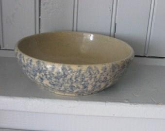 R.R.P. Co USA Small Blue and Cream Spongeware Spatterware Bowl
