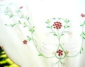 "Vintage Christmas Tablecloth - 64 x 80"" - 1980s"