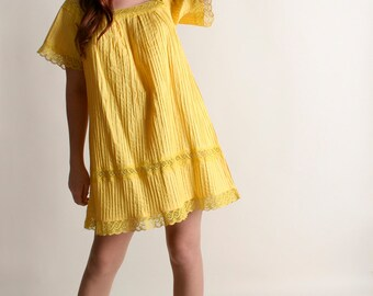 Vintage Mini Mexican Dress - Babydoll Dress in Bright Lemon Yellow - Ethnic Festival Tunic - Medium