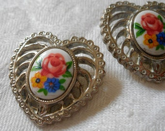 Set of 2 VINTAGE Pierced Realistic Pierced Silver Metal with Glass Flower Sewing BUTTONS