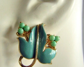 Signed CORO Earrings Vintage 50s 60s Clip On Sweet Turquoise Aqua Scrolled Leaves