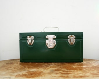 vintage 50s Hunter Green Union Utility Chest Tool Box w/Key // Retro Industrial Storage