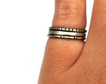 Sterling Silver Stacking Rings, Textured Rings, Bohemian Jewelry, Set of Three Rings, Oxidized Silver Everyday Rings, Minimal Rings