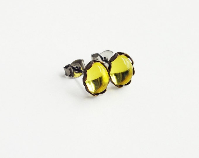 Tiny Yellow Glass Stud Earrings Vintage Bright Lemon Lime Glass Post Earrings Eco-Friendly Jonquil Yellow Hypoallergenic Jewelry