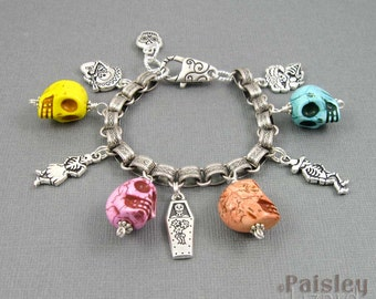 Sugar Skull charm bracelet, Day of the Dead jewelry, silver chain with stone skulls