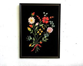Vintage Embroidered Wildflower Bouquet | Vintage Flowers | Crewel Flowers | Floral Bouquet