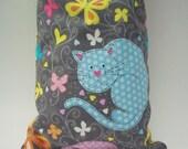 Catnip Filled Pillow Wrestler - Gray Kick Stick