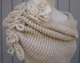 Wedding accessories, bridal accessories, bridal shawl, bridemaids gift, wedding shawl, off white, weddings shawl, knitting shawl, handmade