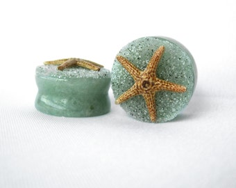 "Pair of Jade Stone Plugs with Real Starfish and Beach Sand - Handmade Gauges - Size 2g, 0g, 00g, 7/16"", 1/2"", 9/16"", 5/8"", 3/4"", 7/8"", 1"""